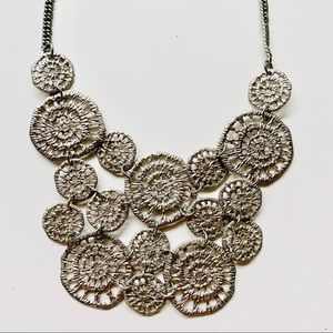 Jewelry - Circle Silver Statement Necklace